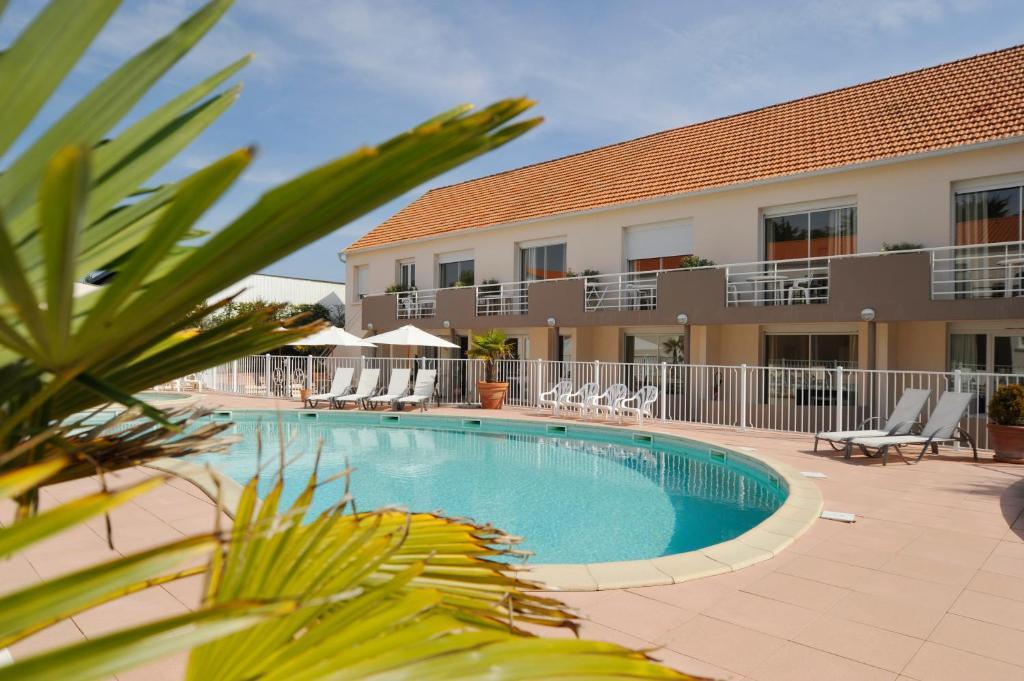 Apartments In Port-joinville Pays De La Loire