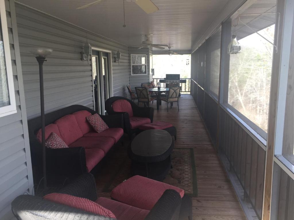 Vacation Home Nottely River Retreat Blairsville Ga Ga Booking Com