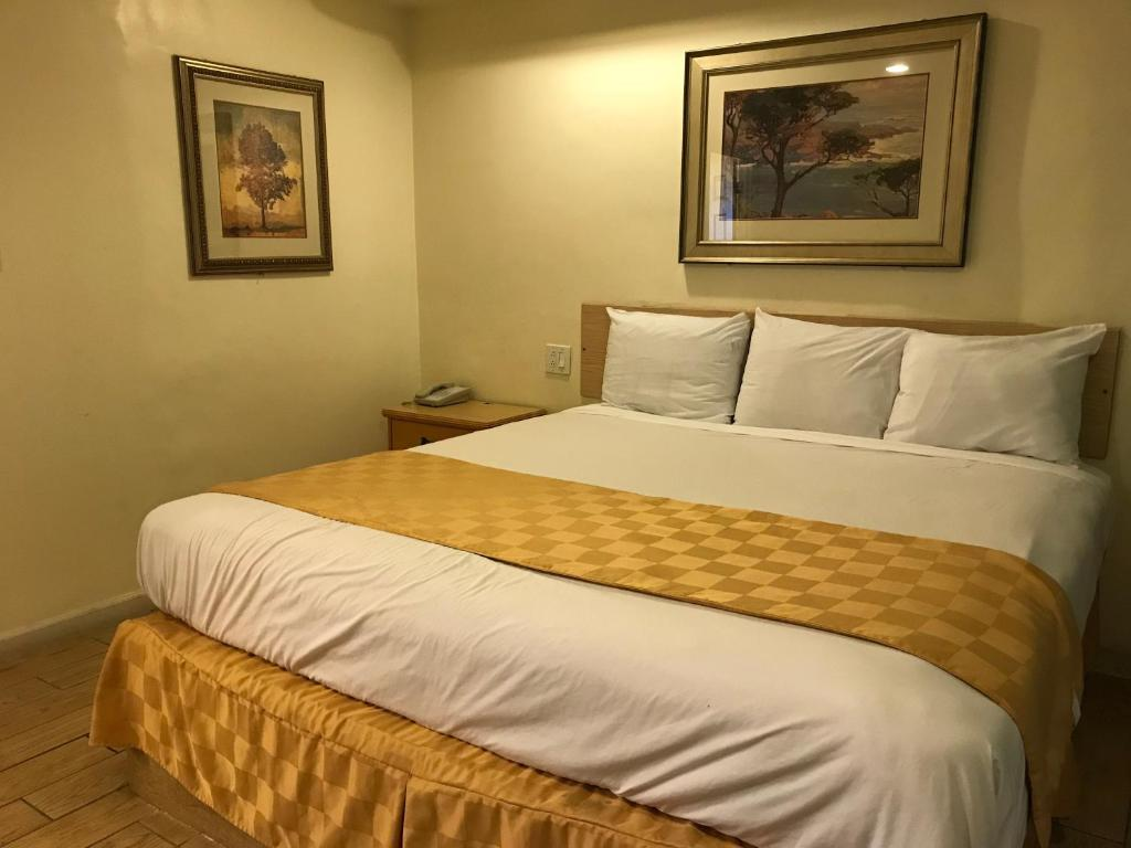 777 Motor Inn Reserve now. Gallery image of this property ...
