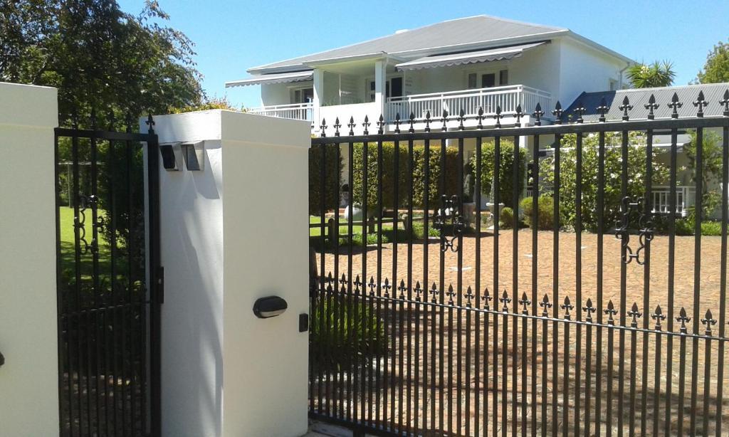 no 10 caledon street guest house george south africa booking com rh booking com