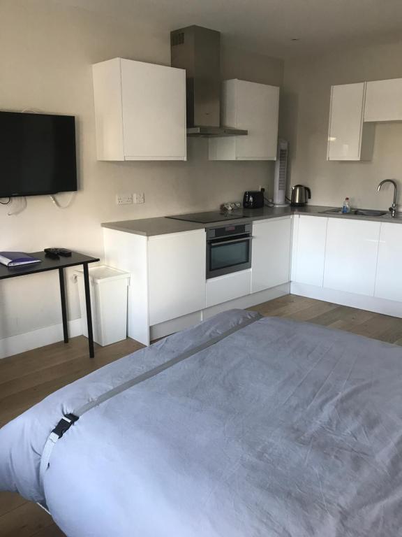 Apartment The Annex Ickenham Uk Booking Com