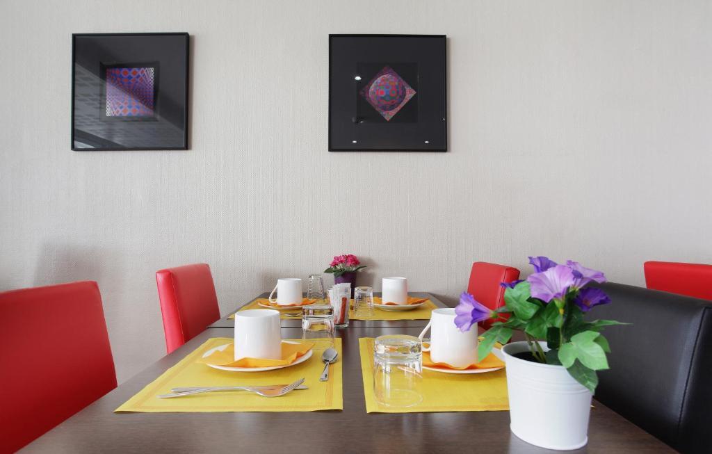 Appart\'hotel Odalys Aix Chartreuse, Aix-en-Provence, France ...