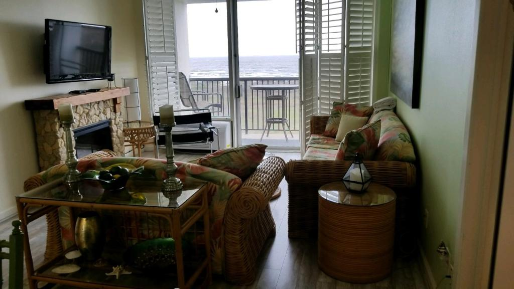 Islander East Condominiums Galveston
