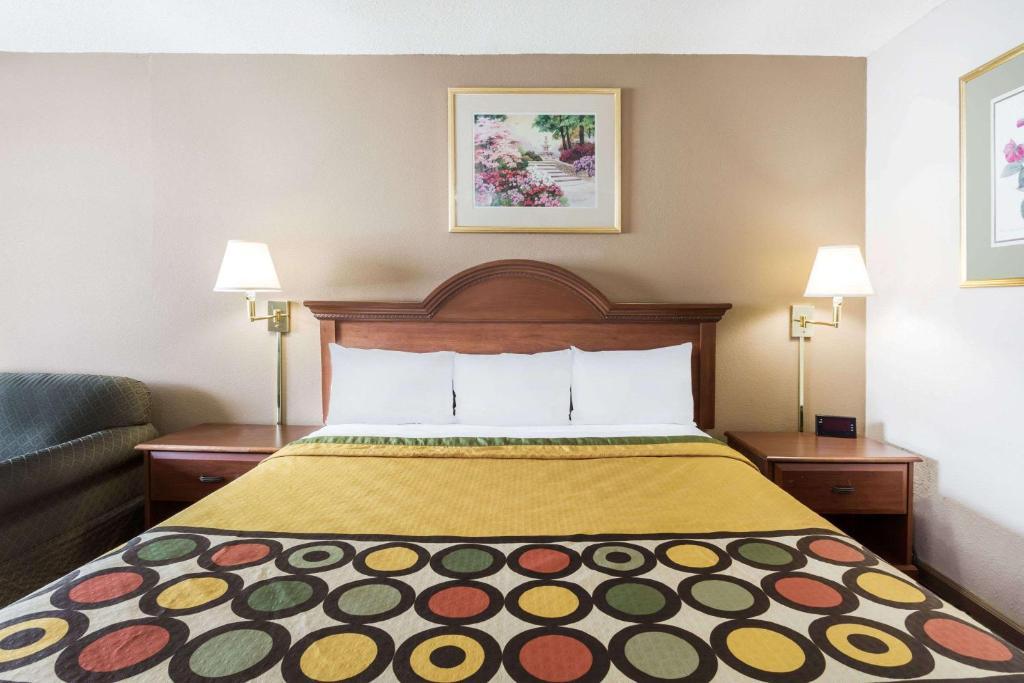 Hotel Super 8 Greensboro, NC - Booking com
