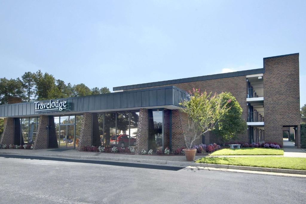Travelodge Inn Suites By Wyndham Muscatine MuscatineIA UnitedStates 2