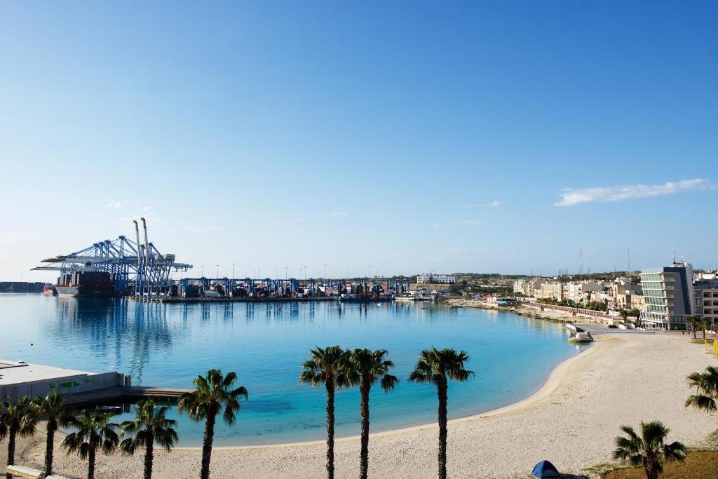 Pretty Bay Apartments Malta Birżebbuġa Booking Com