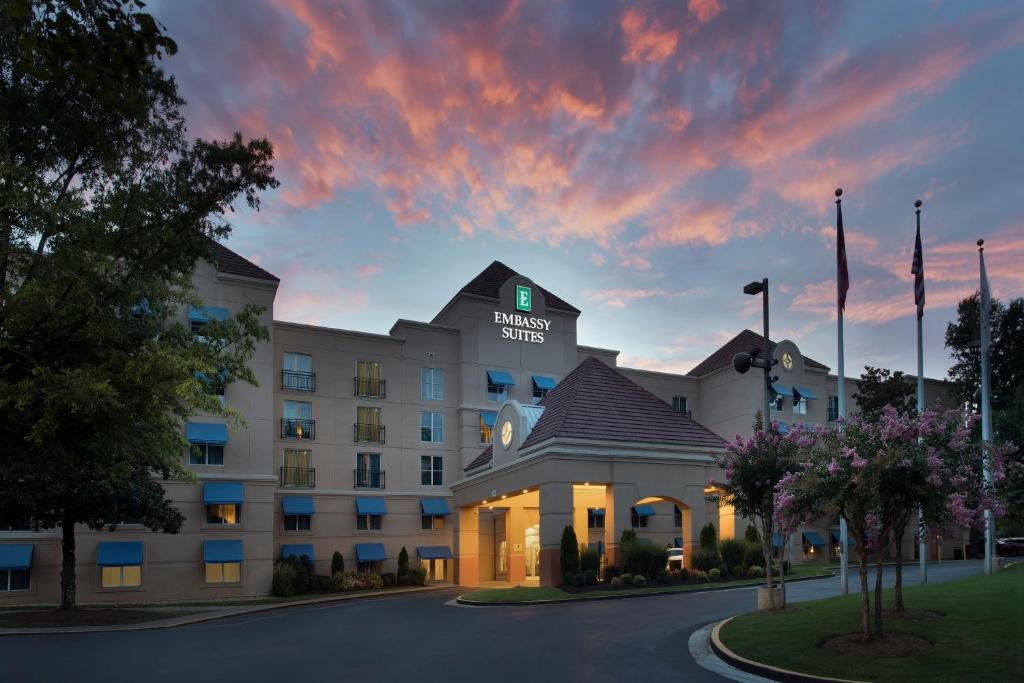 Hotel Embassy Atlanta Airport Ga Booking Com