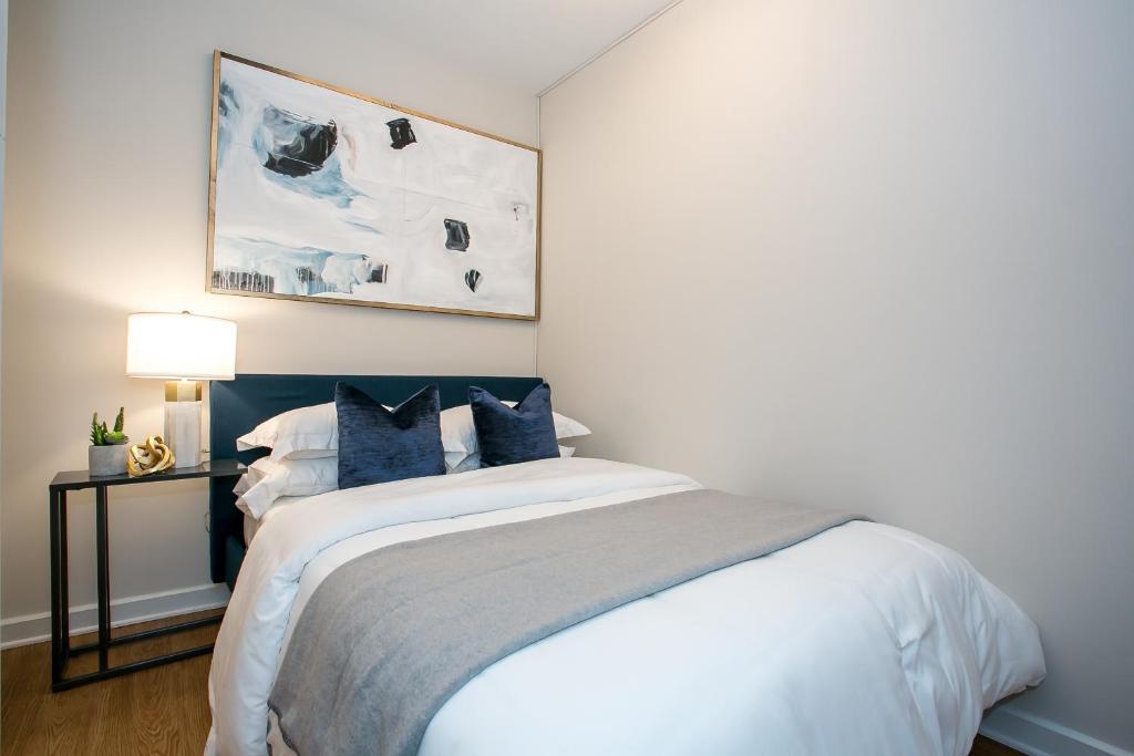 Apartment Spectacular Duplex 4 Bedroom 3 Bath Lincoln ...