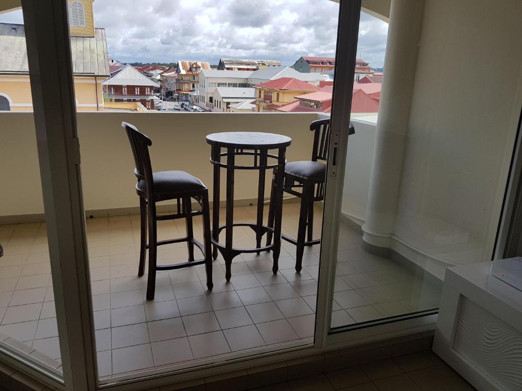 Meuble Salle De Bain Action ~ appartement de luxe cayenne tarifs 2018