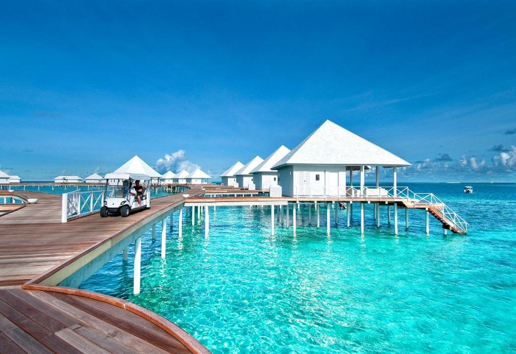 Diamonds thudufushi all inclusive thundufushi updated for Mejor hotel de maldivas