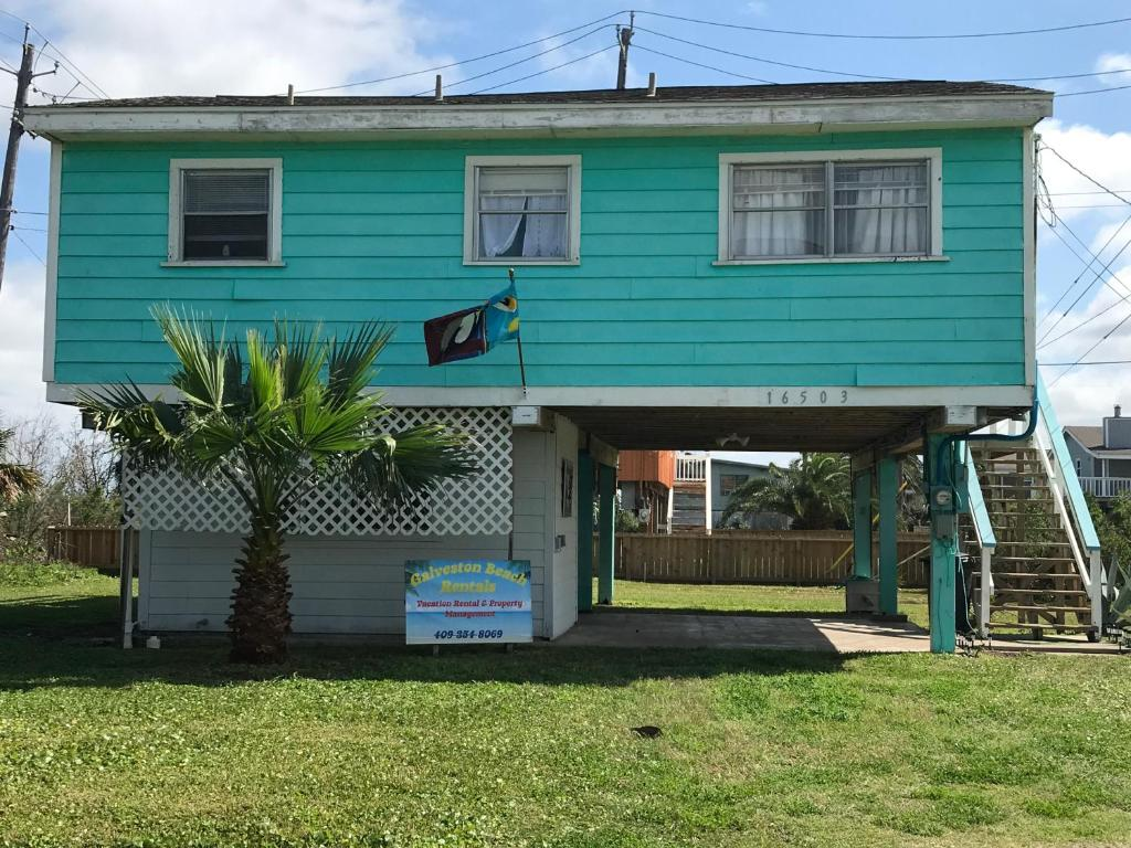 Cottage By The Sea, Galveston, TX - Booking.com