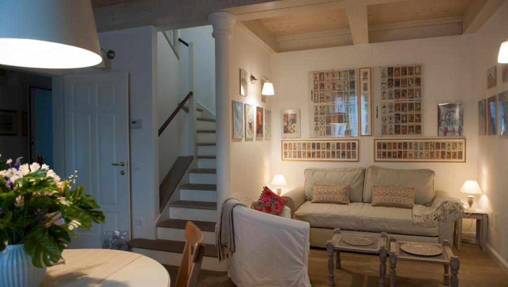 Area soggiorno di Barone Rosso Suite