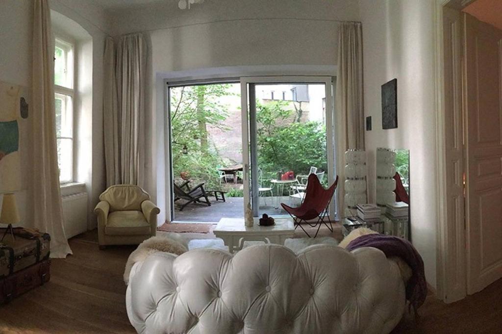 Smeg Kühlschrank Wien : Gardenappartement clara Österreich wien booking.com