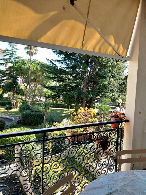 Apartment Il Terrazzo Sul Giardino, San Bartolomeo al Mare, Italy ...