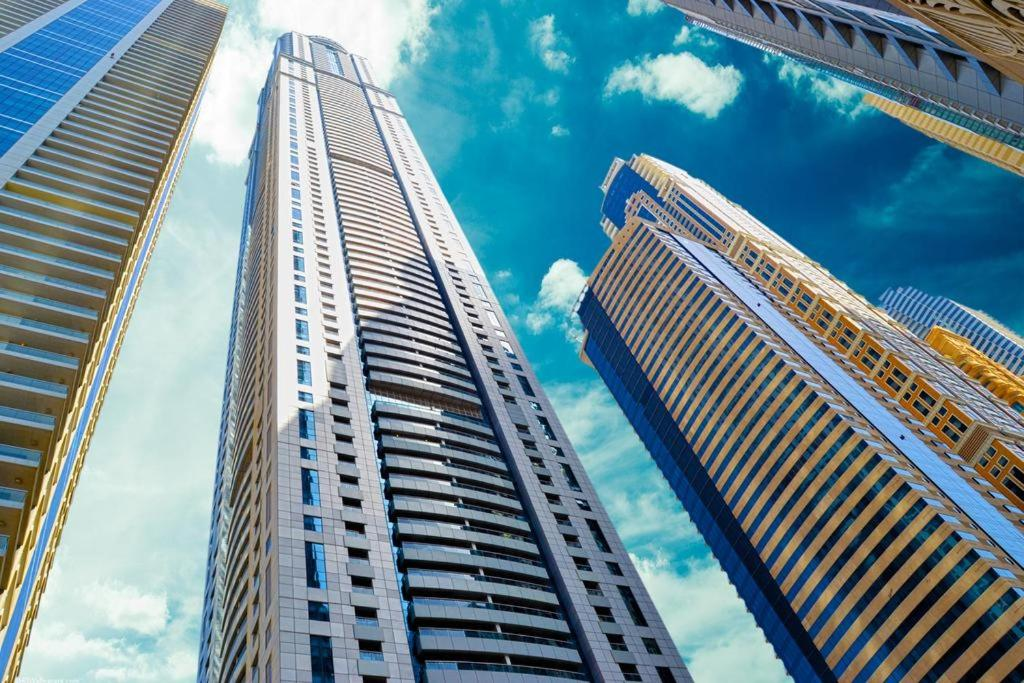 Apartment Tallest Residential, Dubai, UAE - Booking.com