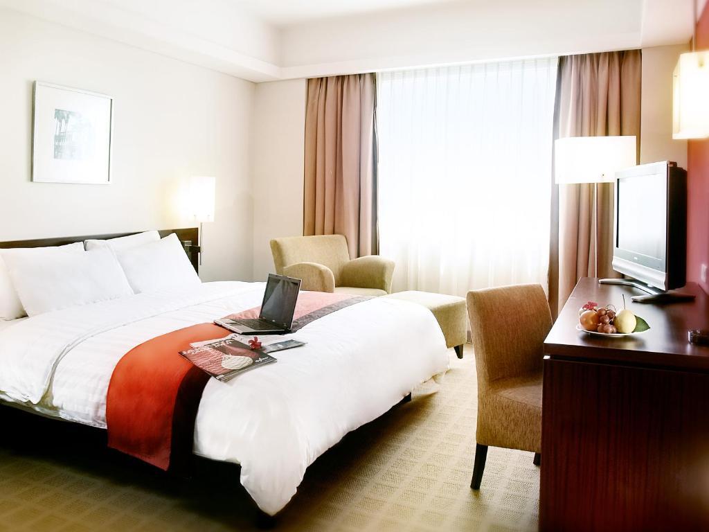 Java Paragon Hotel & Residences, Surabaya – Updated 2018 Prices