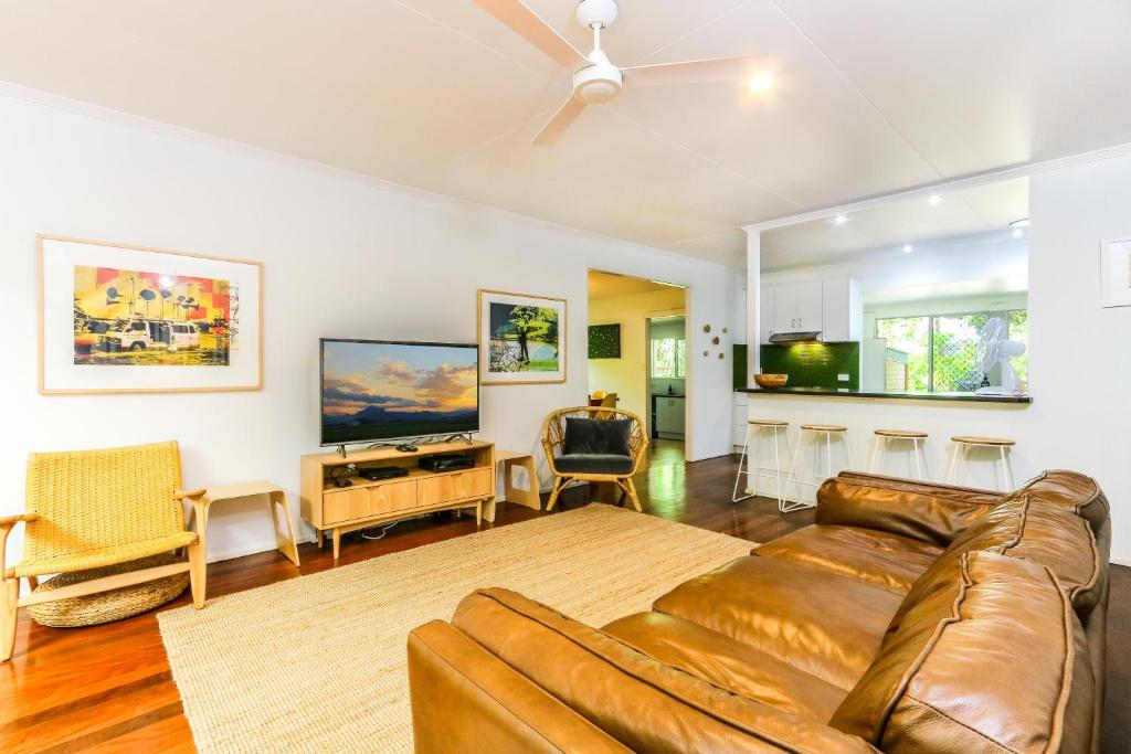 A seating area at Fingal Beach House