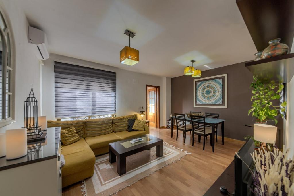 Apartments In Suspiro Del Moro Andalucía