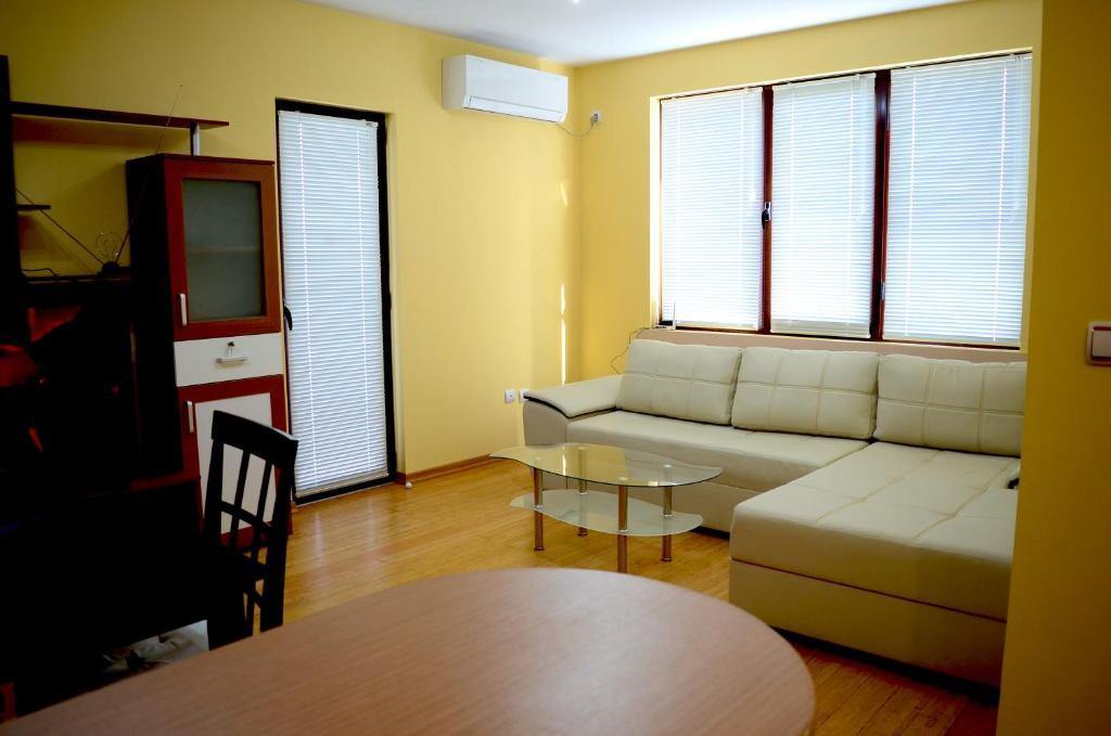Апартамент 12 - Велико Търново
