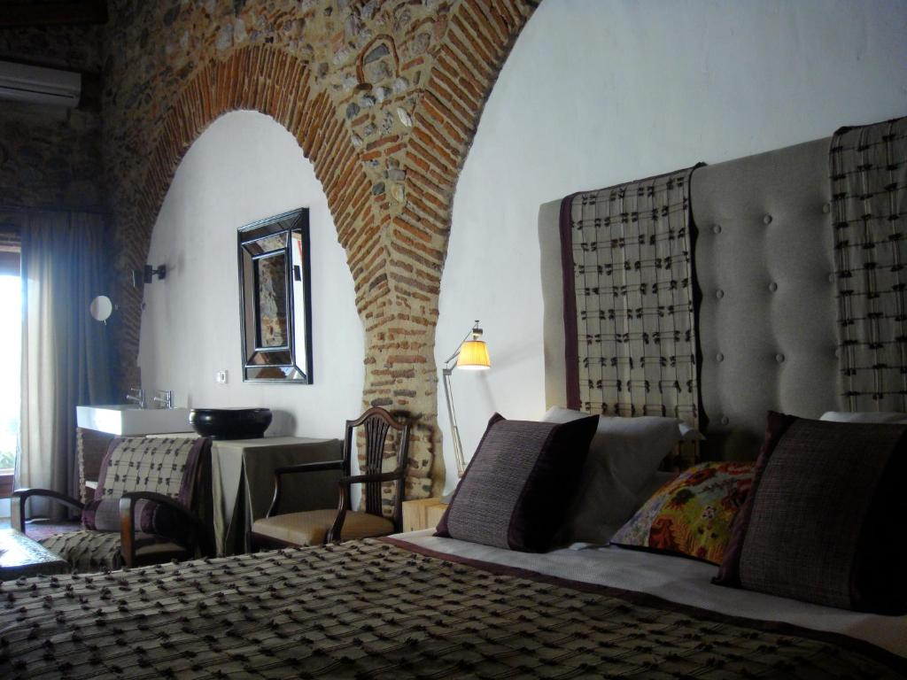 boutique hotels in girona  267