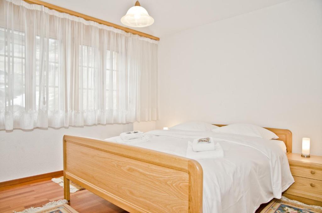 Apartment St. Louis 2.5 (Schweiz Grindelwald) - Booking.com
