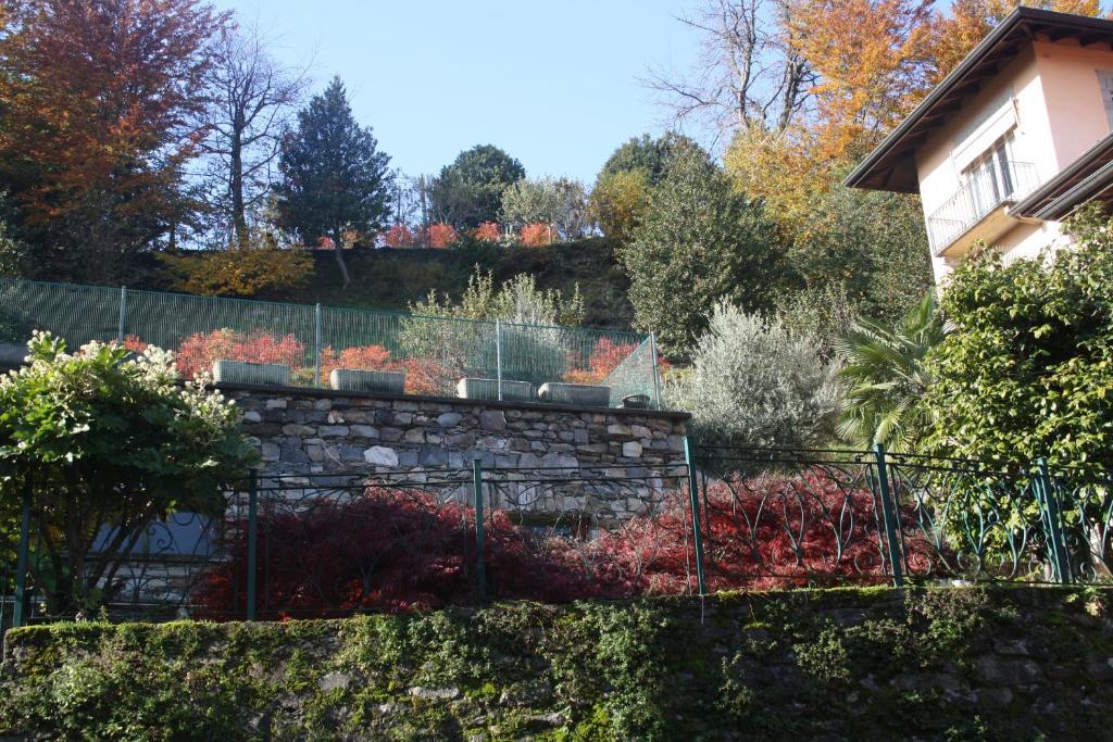 Apartment Casa Lawrence, Brisino, Italy - Booking.com