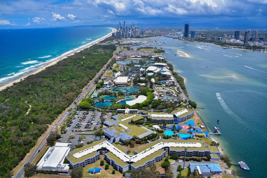 Sea world resort gold coast australia booking gallery image of this property gumiabroncs Gallery