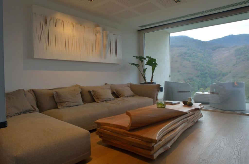 boutique hotels in arantza  3