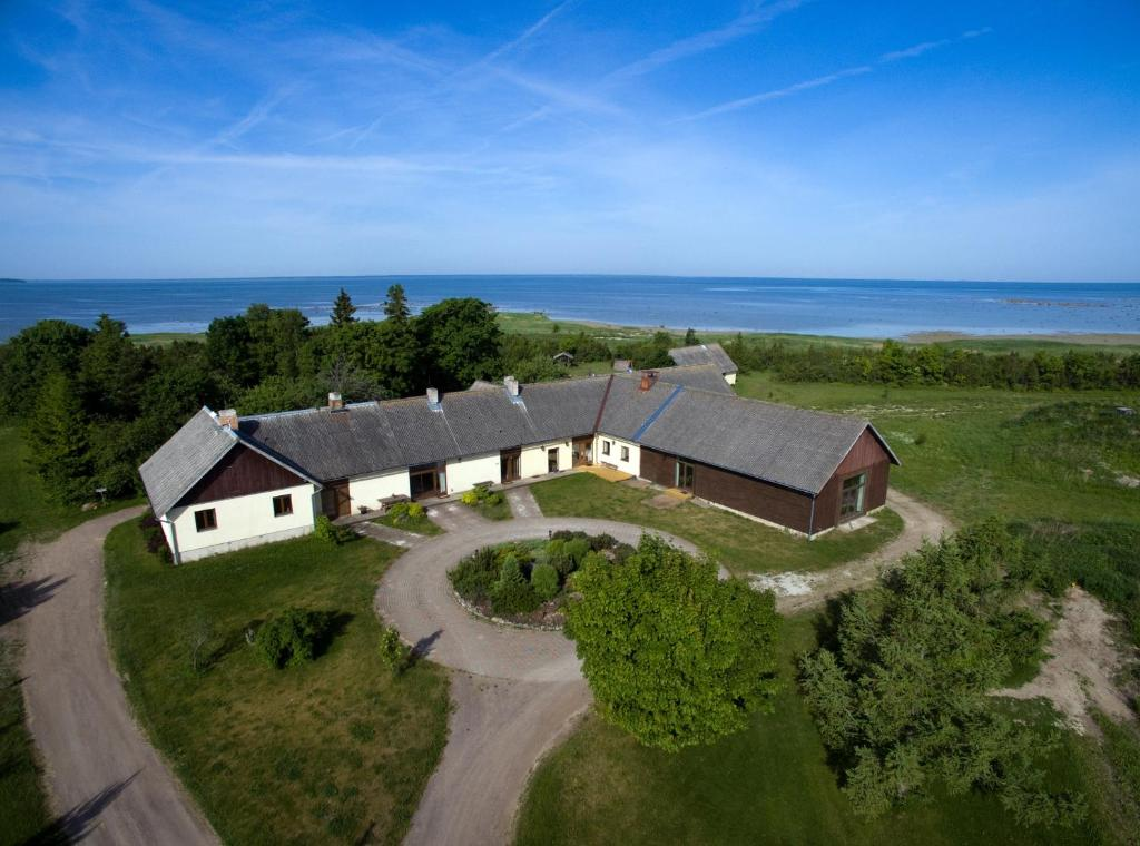 A bird's-eye view of Algallika Guesthouse