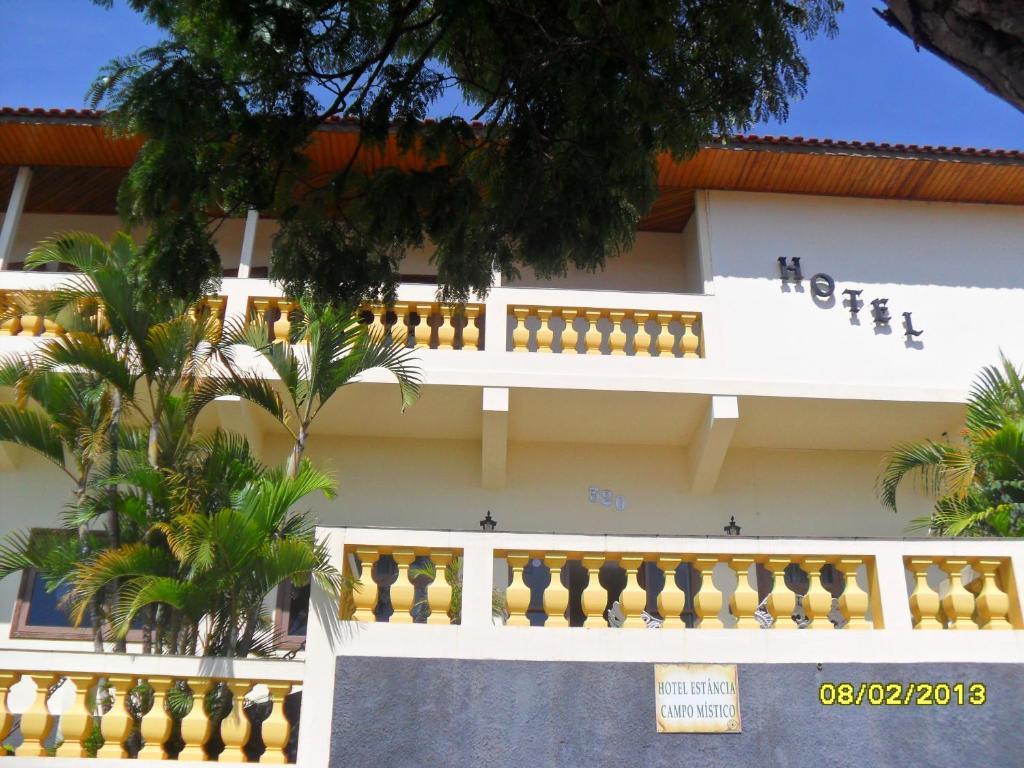 Hotel Estância Campo Místico (Brasil Bueno Brandão ...