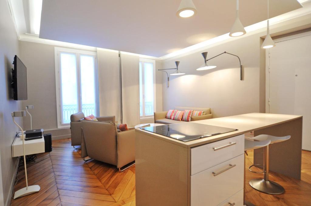 Apartments In Parc Saint-maur Ile De France