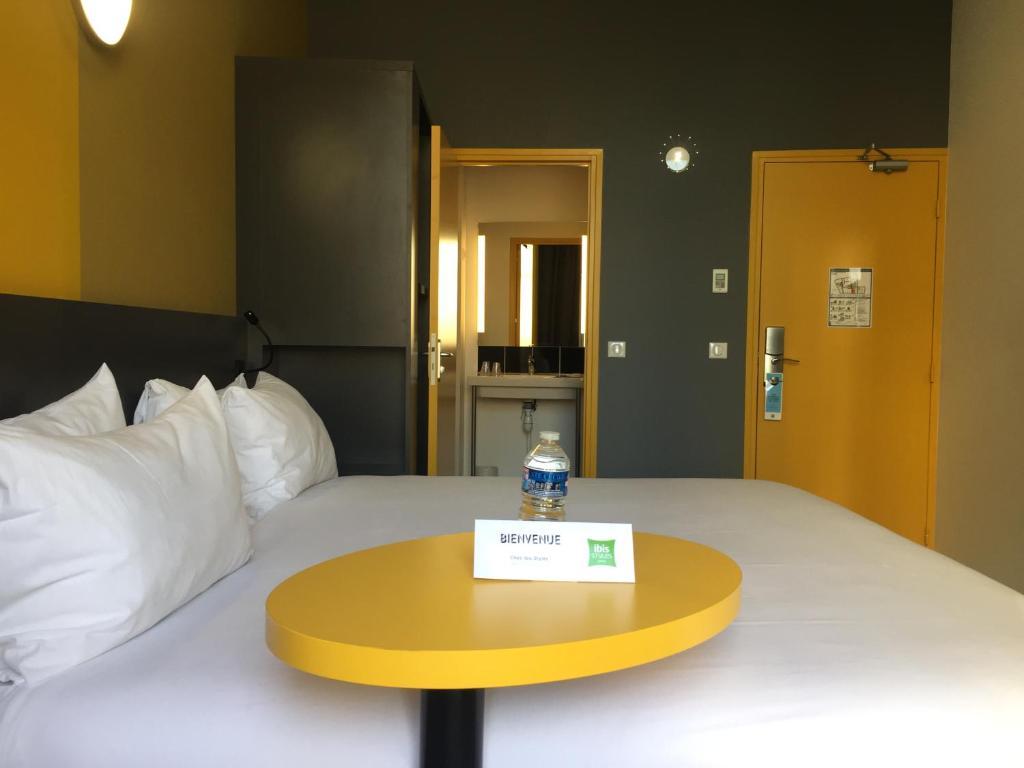 Hotel Ibis Styles Marseille Vieux Port France Bookingcom - Hotel ibis vieux port marseille