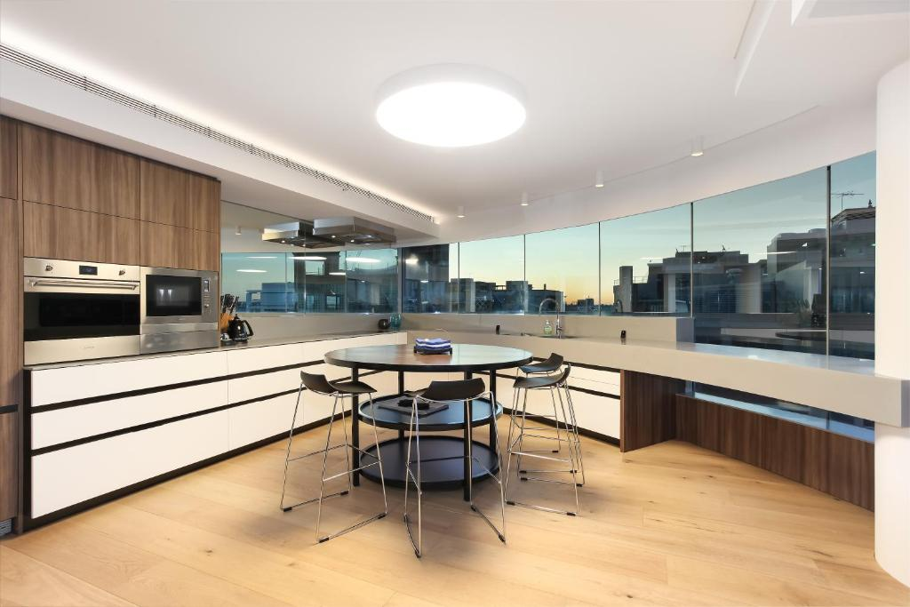 3 Bedroom Darling Harbour Apartment, Sydney - Updated 2019 ...