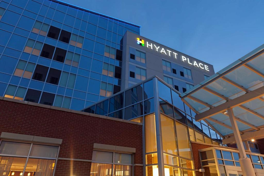 Hyatt Place Chicago Midway Airport.