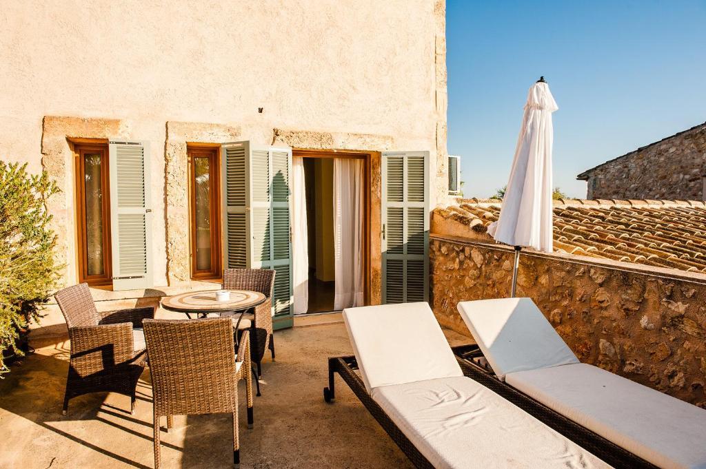hoteles con encanto en vilafranca de bonany  16