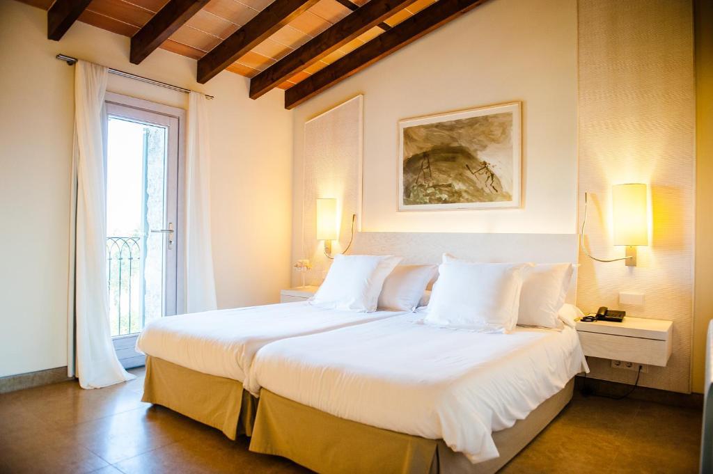 hotels with  charm in vilafranca de bonany  10