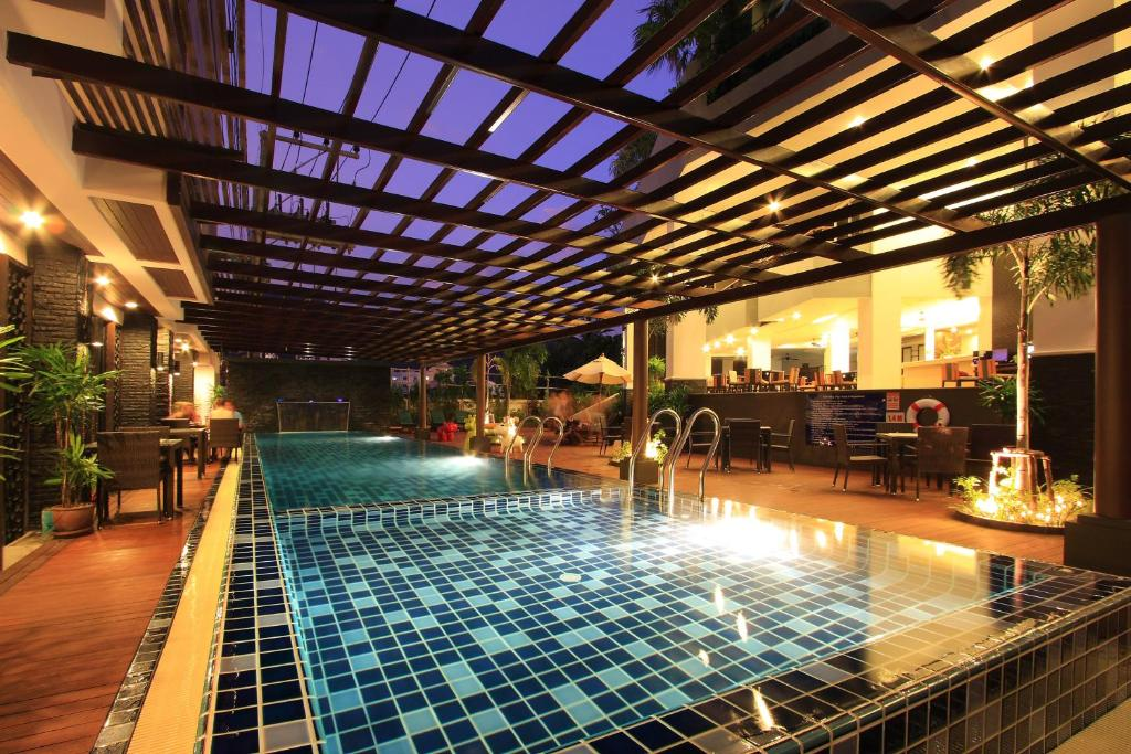 The swimming pool at or close to Baramee Hip Hotel