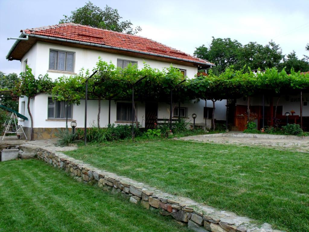 Ваканционна къща Ваканционен Дом Лайф - Трявна