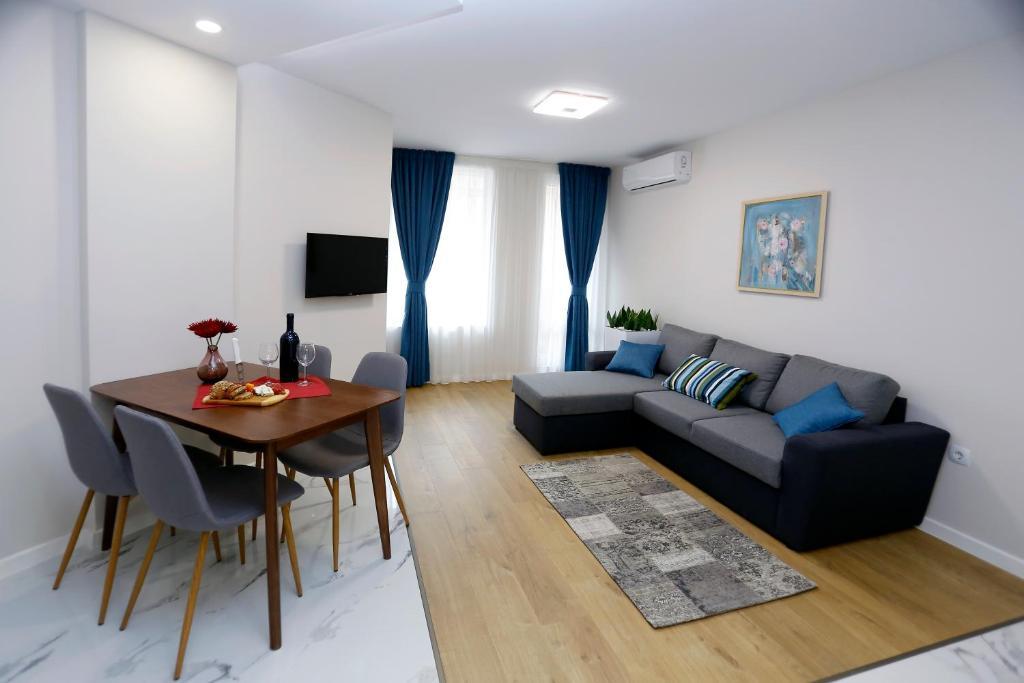 Апартамент Sea Garden Premium - Бургас
