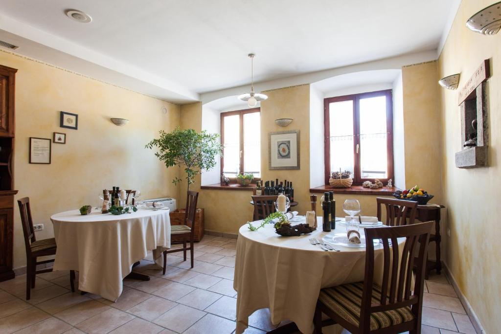 Restavracija oz. druge možnosti za prehrano v nastanitvi Špacapan House
