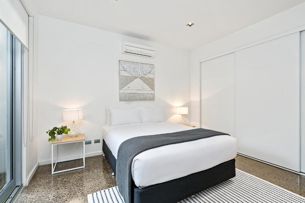 Vacation Home Cogens Two Bedroom Townhouse Geelong Australia - Bedroom furniture geelong
