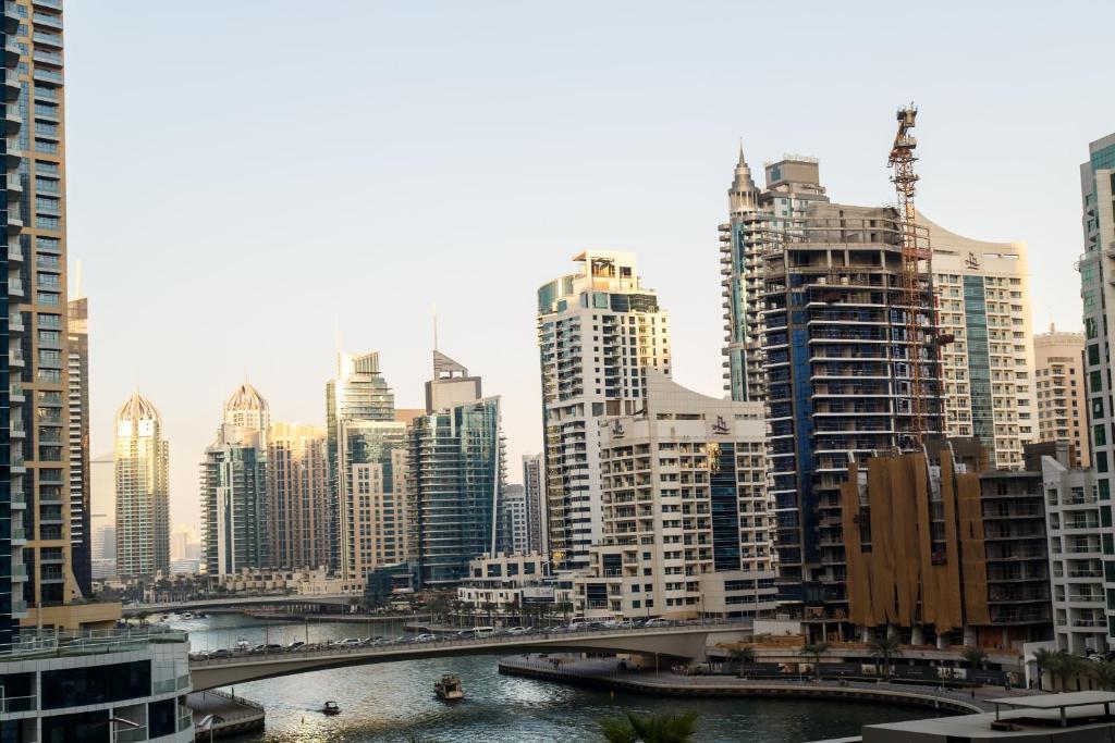 Apartment Pelican Stay Dubai Marina Suites Uae Booking Com