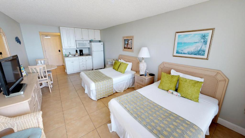 Island Inn Beach Resort St Pete Beach Fl Booking Com