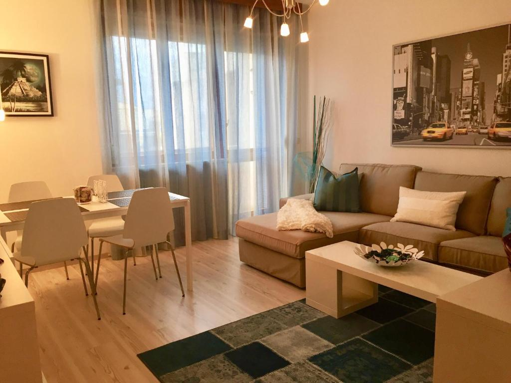 fully furnished and remodeled apartment available for short term