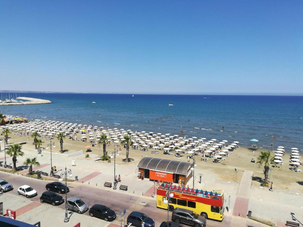 palm sea beach holiday suites and studios apartments, larnaka