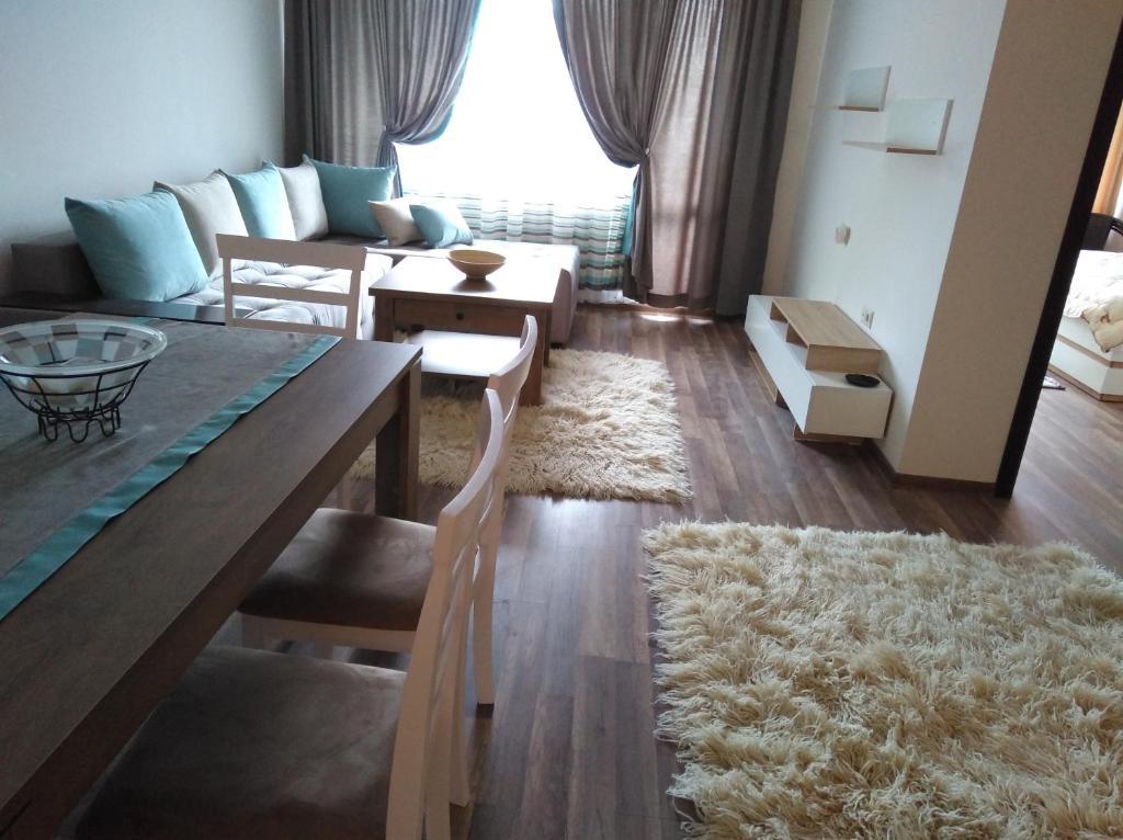 Апартамент New SARA 4 - Поморие