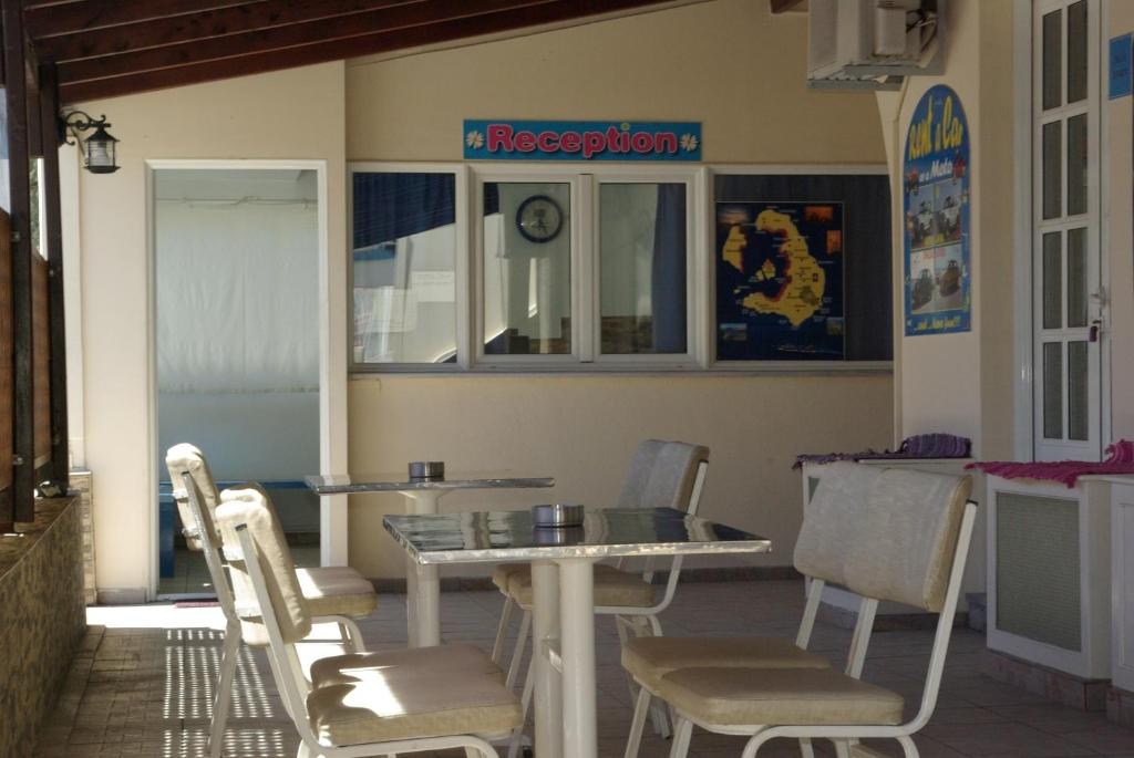 Youth Hostel Anna (Griechenland Perissa) - Booking.com