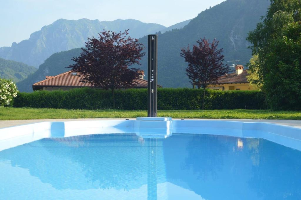 The swimming pool at or near Appartamenti Righi