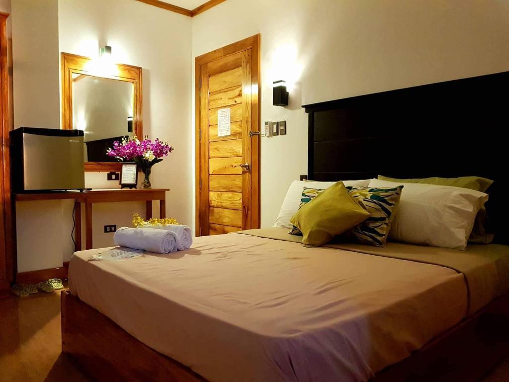 Modesta Hotel Philippinen Sorsogon Booking Com