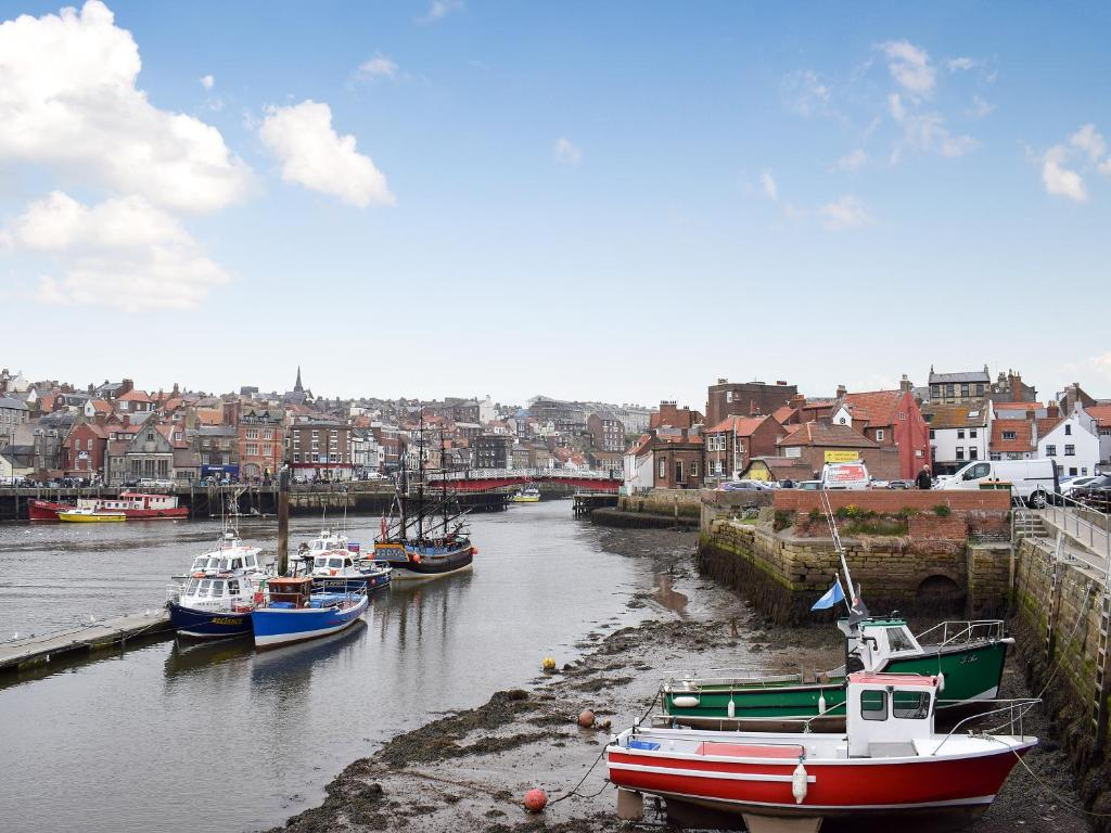Holiday Home Bridge View Whitby Uk Booking Com